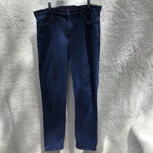 NYDJ Dark wash straight leg Jeans Size 14